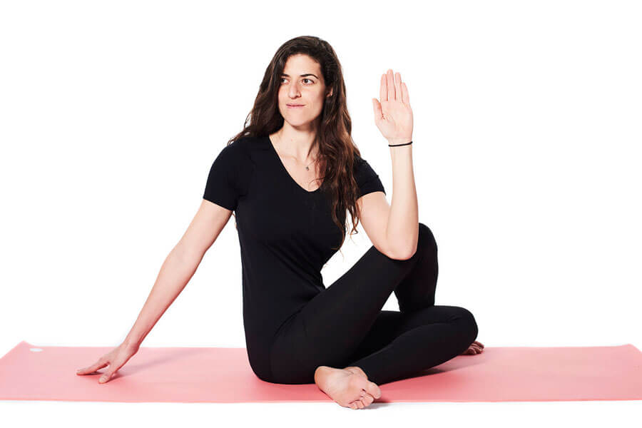 Hila – Ardha Matsyendrasana (Half Lord of the fish posture)