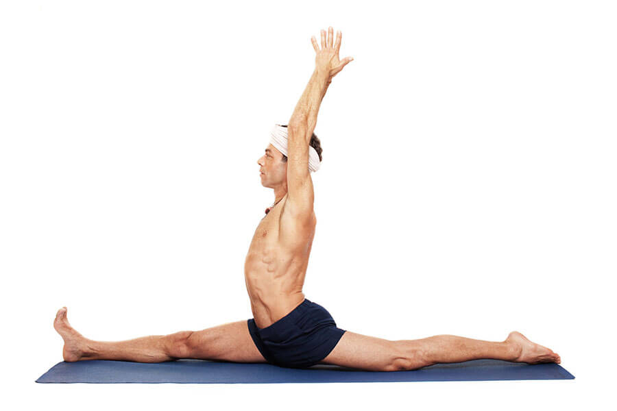 Patrick – Hanumanasana (pose dedicated to Hanuman)
